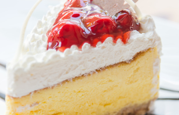 BUD STALLWORTH'S HOMEMADE CHEESECAKES